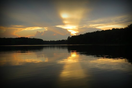 Big Hart Campground: sunset view from lake