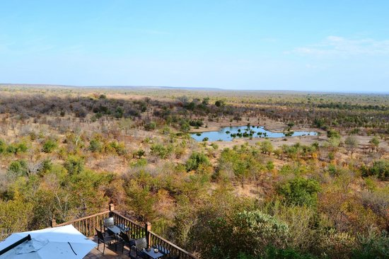 Victoria Falls Safari Lodge: Best of both worlds
