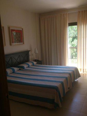 Zafiro Park Cala Mesquida: Schlafzimmer
