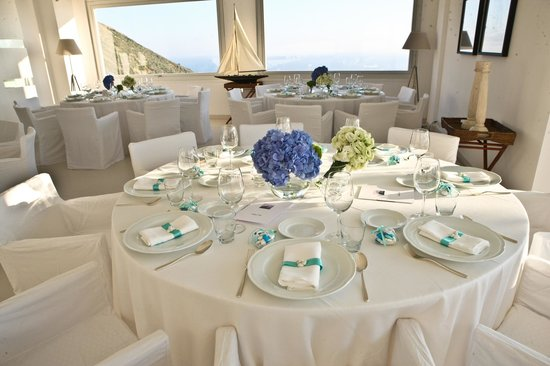Relais Blu Belvedere: Table set