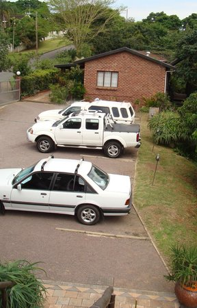 Roosfontein Bed and Breakfast : Parking Area
