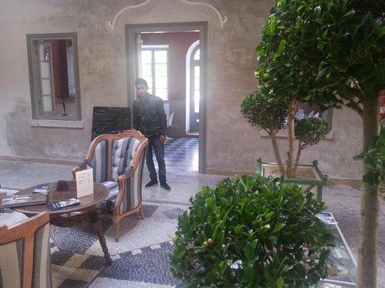 Hotel L'Iglesia : patio de la Capitainerie