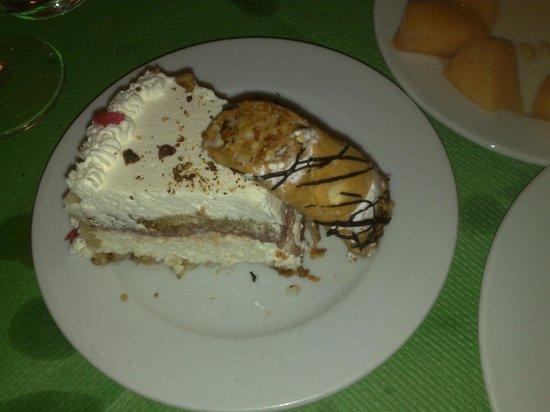 Da Pippo Trattoria: creamy cake and cannoli