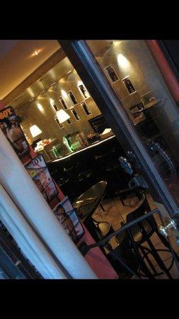 Cafe Bizzare