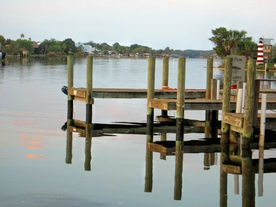 Homosassa Riverside Resort : The Docks on the Homosassa River