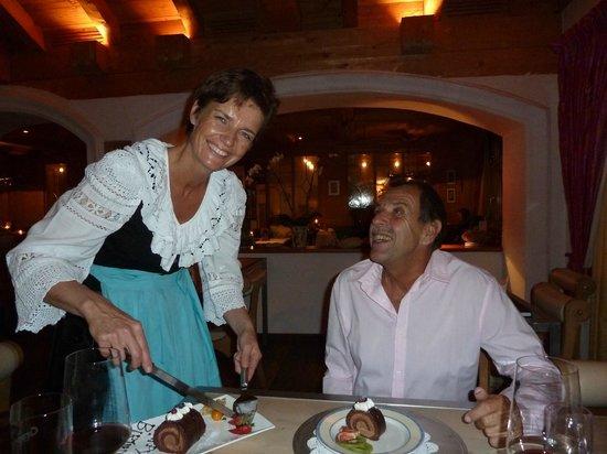 Romantik Hotel Julen: Charmante Bedienung, Susanne