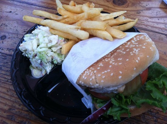 Captain Kidds Fish Market & Restaurant: Mahi Mahi sandwich