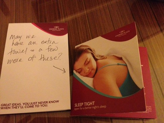 Crowne Plaza Hampton Marina: my note that was ignored!