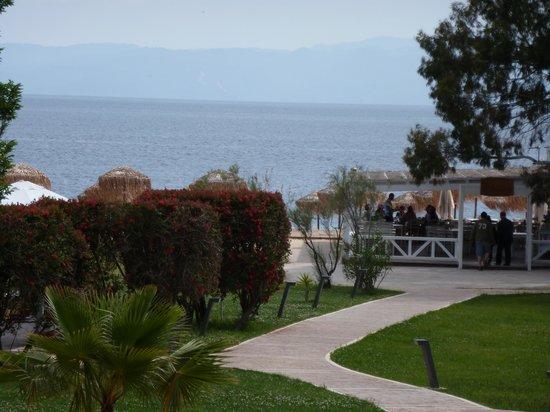 ساكياثوث برنسيس هوتل: Beach & Poole from balcony