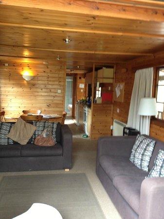 Pine Bank Chalets : Living area