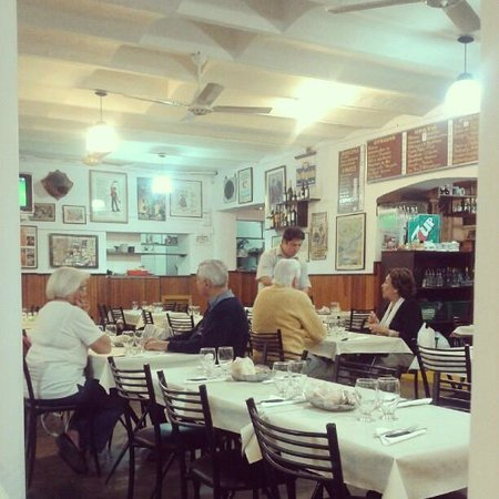 La Marina: Vista desde el interior del restaurant