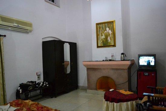 Satpura Retreat: Room
