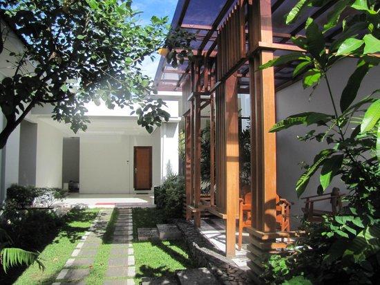 Diniya Suasso Hotel: gazebo