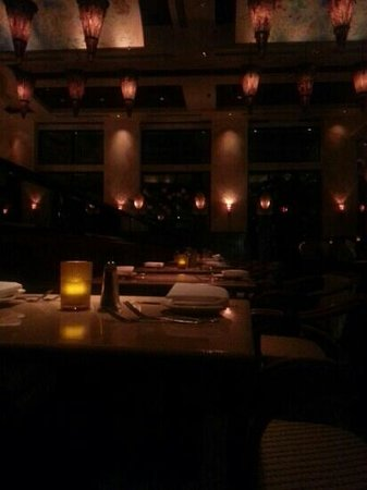 Cheesecake Factory : dining hall