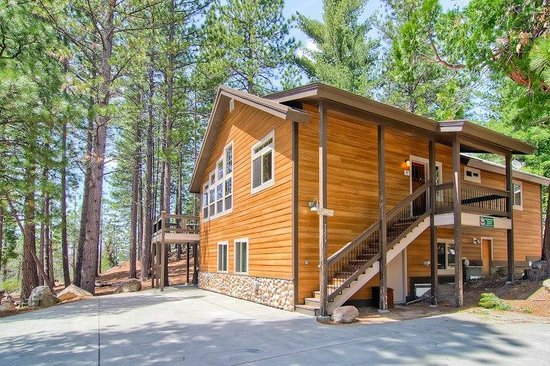 Yosemite 39 s scenic wonders vacation rentals updated 2017 for Yosemite national park cabin rentals