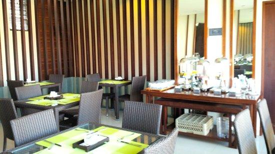 Uppala Villa Seminyak: Restaurant