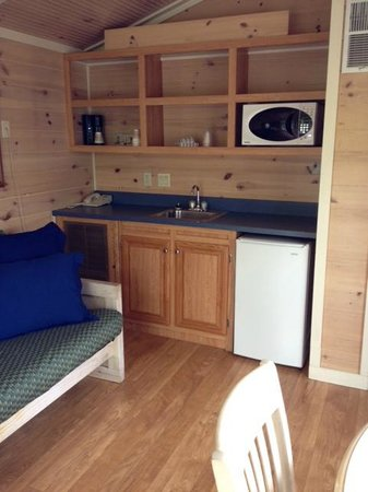 Worlds of Fun Village: Small basic kitchen area