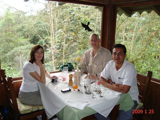 Mindo Cloud Forest Day Tours: Mindo Cloudforest lunch with Richard Hernández