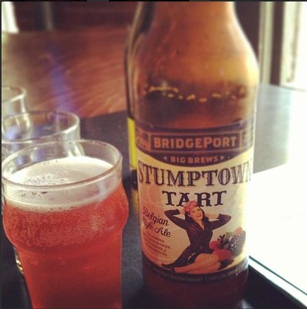 Bridgeport Brewery and Brewpub: Stumptown Tart brew