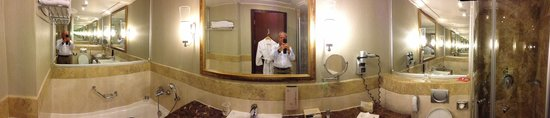 Calista Luxury Resort: Salle de Bain chambre 4106 - vue panoramique