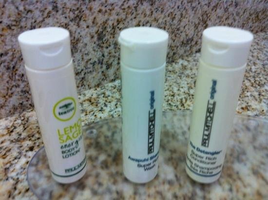 SpringHill Suites Waco Woodway: toiletries