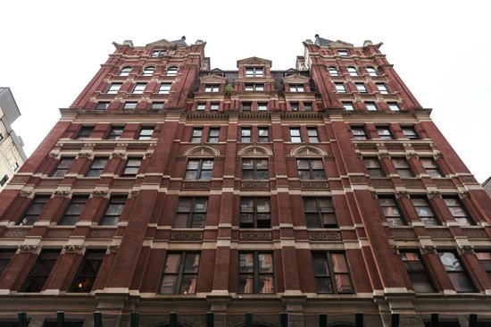 Gotham Walking Tours of New York City: 5 Beekman in FIDI