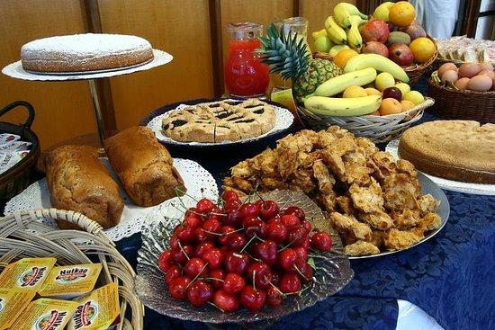 Hotel Onda Marina: Buffet colazione