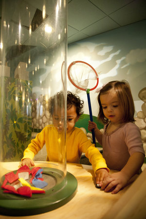 Port Discovery Children's Museum : Toddle and crawl through Tot Trails!