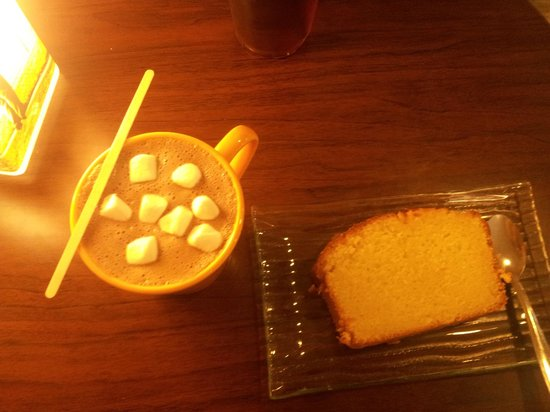 Fairview Coffee: Loaf citron et Chocolat marshmalows