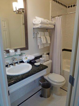 Bathroom at Snug Harbor Inn, Avalon