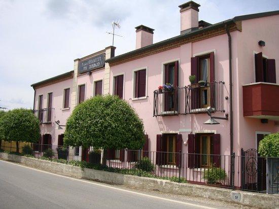 Ristorante Da Marco: An unexpectedly fine restaurant in such a small town!