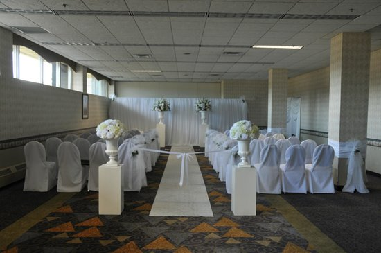 Clarion Hotel Winnipeg: Wedding Ceremony