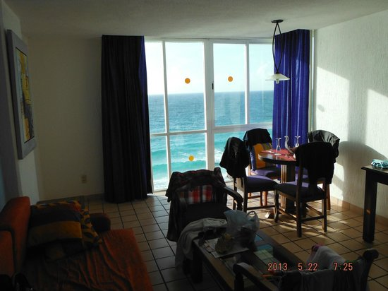 Oleo Cancun Playa: Sitting Room