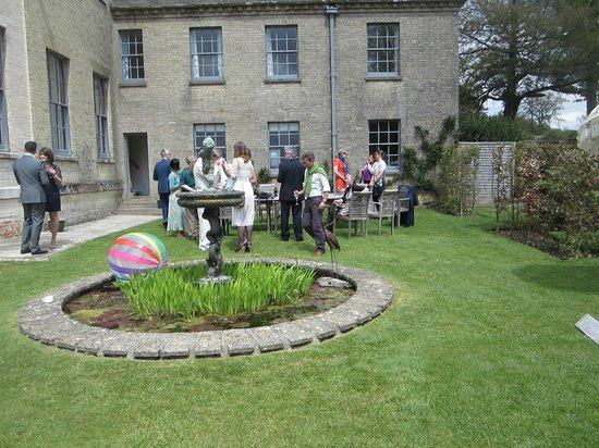 Swanmore United Kingdom  city photos gallery : ... brought in by bride Picture of Hill Place, Swanmore TripAdvisor