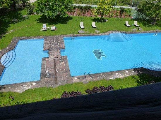 Hotel del Oso: piscine vue de la chambre
