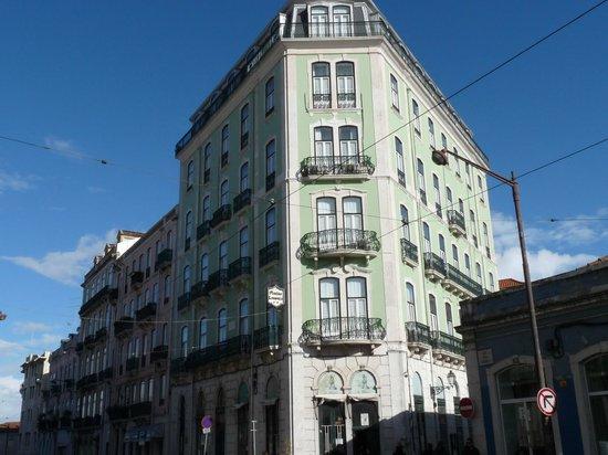 Pensao Londres: façade de l'hôtel