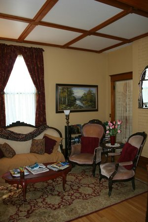 Gardiner Guest House B&B: Living Room