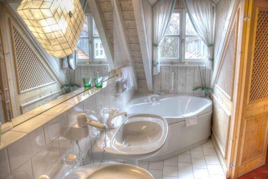 Hotel Insel Mühle: Große Suite - Bad