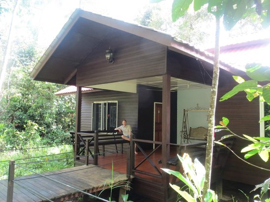 Abai Jungle Lodge: River lodge