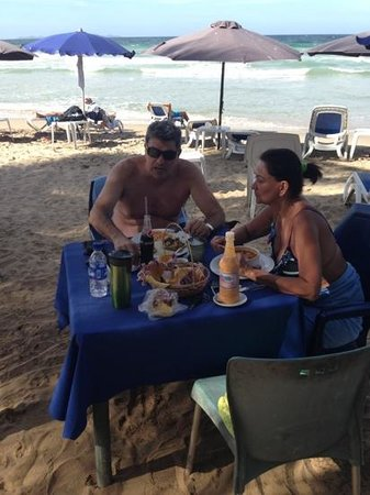 Guacuco, Venezuela: Enjoying a nice food, tourist from Sicily