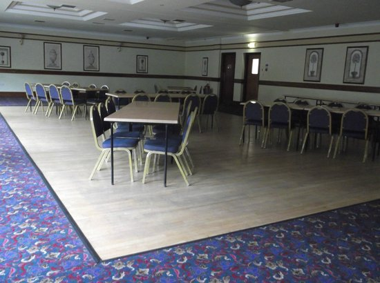 Ivanhoe Inn and Hotel: function room prior to set up