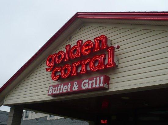 Golden Corral: Outside