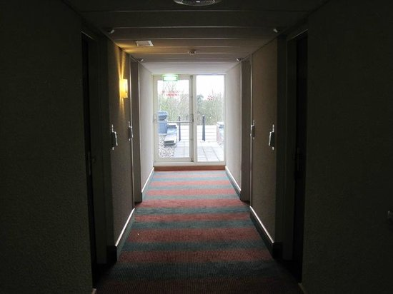 Grand Hotel Amstelveen: hallway