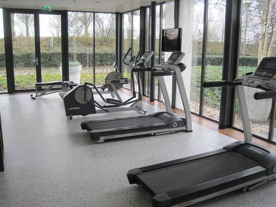 Grand Hotel Amstelveen: fitness room