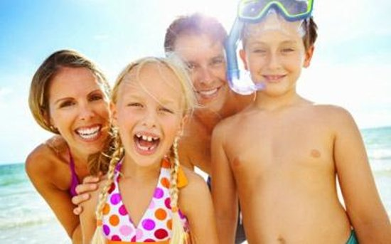 Coral House Hotel: Hollywood Beach is a Great Family Vacation Spot!