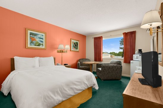Days Inn Chincoteague Island: One Queen