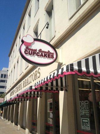 Sweet Carolina Cupcakes: Front