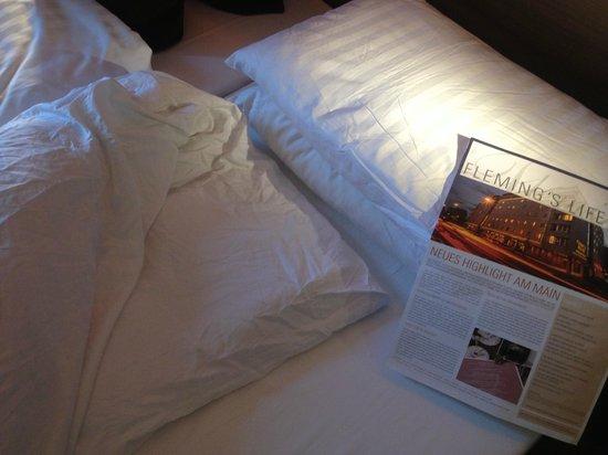 Fleming's Selection Hotel Frankfurt-City: schlampig gemachtes Bett