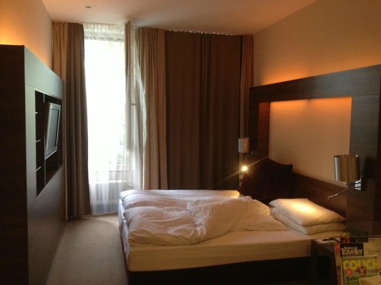 Kleines Zimmer Picture Of Flemings Selection Hotel Frankfurt City