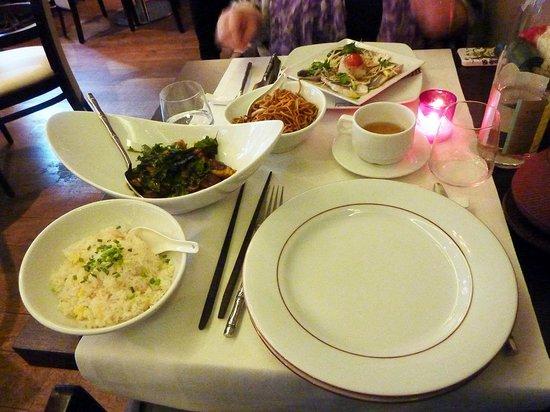 Zen Garden Restaurant : boeuf sauté et riz cantonais